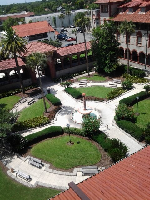 A view of the Flagler College courtyard facing King Street from the solarium. Photo by KRISTIN PIDCOCK