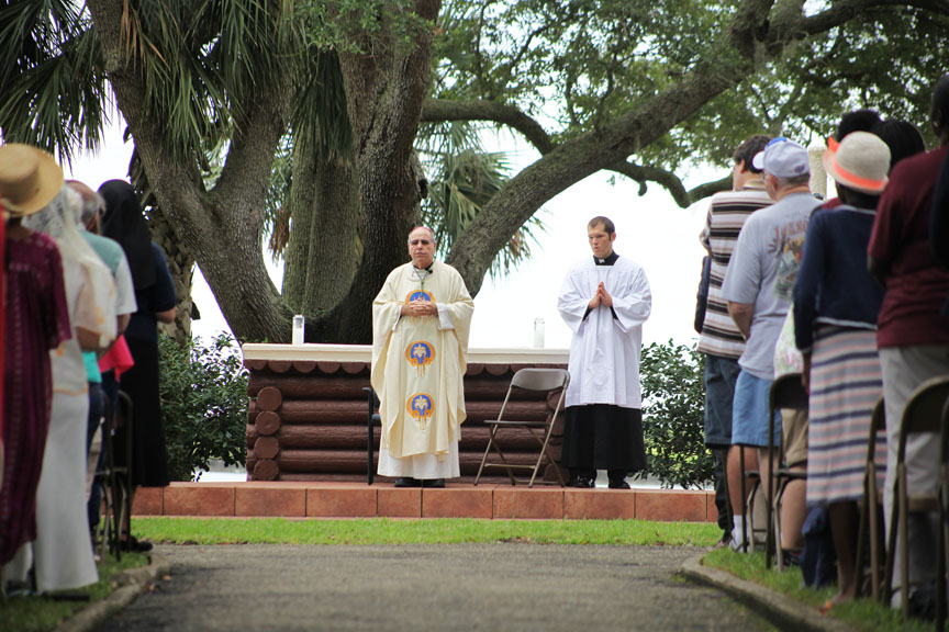 Bishop Felipe J. Estévez of the Diocese of St. Augustine says Thanksgiving Mass on Saturday, Sept. 5 at the Mission Nombre de Dios during the landing celebrations of 449 years of St. Augustine. Photos by Renee Unsworth