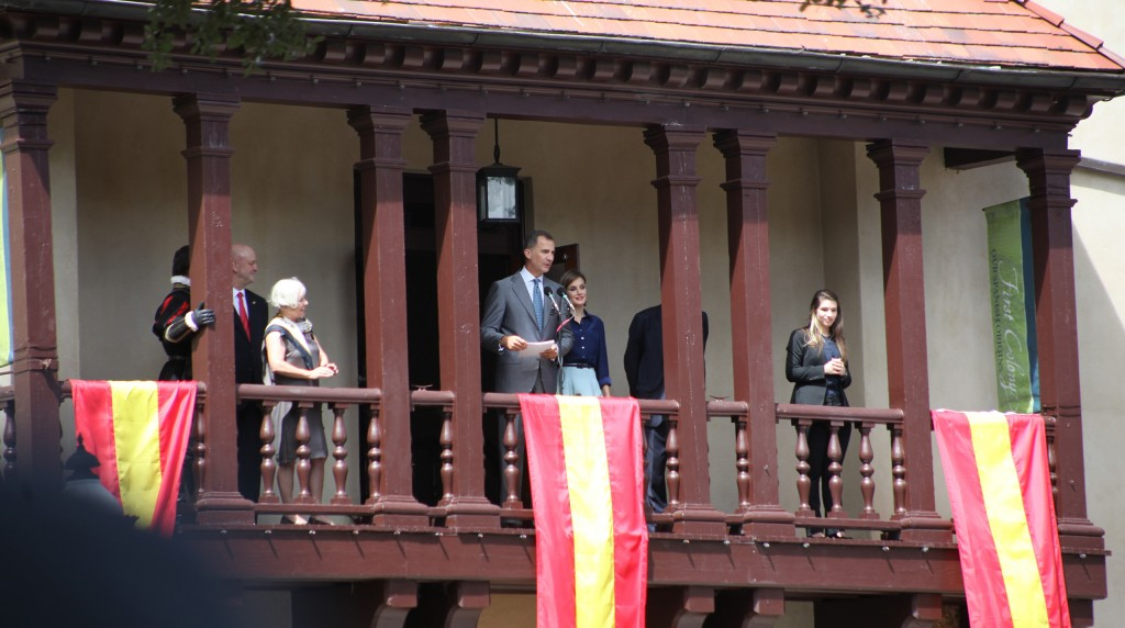 King Felipe and Queen Letizia on the balcony of the Government House in downtown St. Augustine on Friday, Sept. 18. Photo by Renee Unsworth