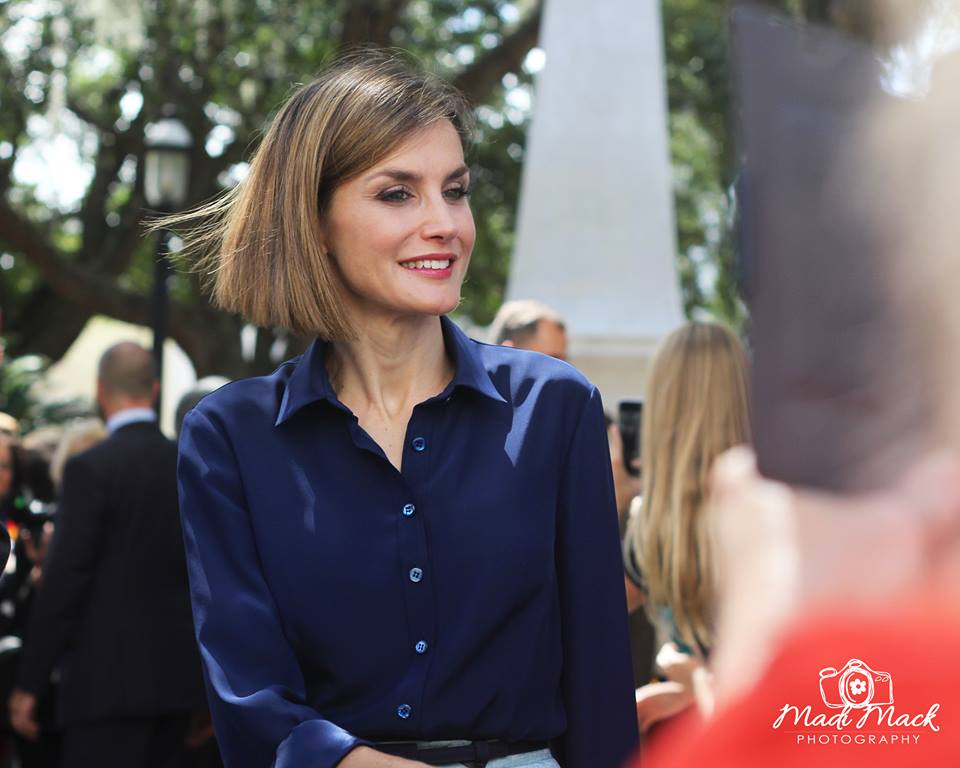 Queen Letizia of Spain greets visitors on Friday, Sept. 18 in the Plaza de la Constitucion in St. Augustine, Florida. Photo by Madi Mack (www.mackmadi.com)