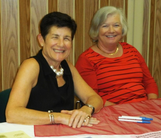 Several Friends members came ot help! Friends President Laurie Kelly and Library Advisory Board Member Kathy Cohen