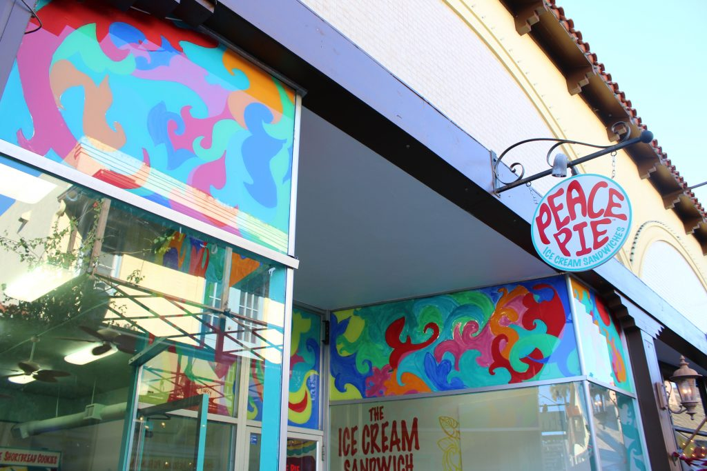 Peace Pie: Giant ice cream sandwiches on Aviles Street in downtown St. Augustine!